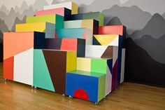 Colorful mobile boxes by Hvass & Hannibal
