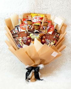 Food Bouquet, Diy Bouquet, Candy Bouquet, Diy Birthday, Birthday Gifts, Flower Bouqet, Edible Bouquets, Diy Snacks, Cute Valentines Day Gifts