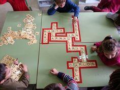 tresquatreicinc: INICIACIÓ A L'SCRABBLE Scrabble, Ideas Para, Back To School, Playing Cards, Teacher, Activities, Games, Blog, Educational Activities