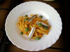 JHS /  Penne alici e  sugo di peperoni ,salsa verde di spinaci Gino D'Aquino