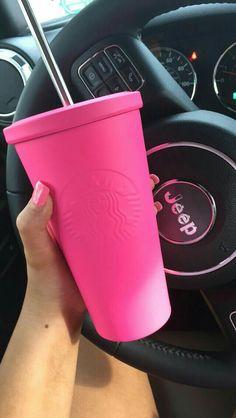 Pink Starbucks cup. Pinterest: thequeensamm