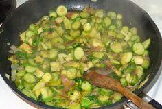 Τορτελίνια με κολοκυθάκια.!! ~ ΜΑΓΕΙΡΙΚΗ ΚΑΙ ΣΥΝΤΑΓΕΣ 2 Sprouts, Vegetables, Food, Essen, Vegetable Recipes, Meals, Yemek, Veggies, Eten