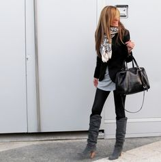 I want those boots, I've got the blazer and scarf!