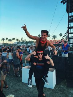 """Gray and Ethan Coachella 2016 this is my favorite picture One question though. """"HOW? Just .... How?!"""""""