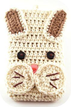 Handytaschen - Smartphonetasche Kaninchen, gehäkelt, Häkeltasche - ein Designerstück von mimameidana bei DaWanda