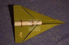 convite em avião de papel