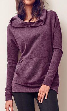 hooded oversized fleece tunic  http://rstyle.me/n/qdwrapdpe