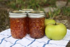 Apple-Maple Jam - Love this recipe from my Ball Blue Book, but this year I am going to decrease the sugar. Way too sweet last year.