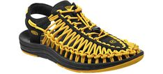 These Sandals Are a Nightmare If You Don't Like Laces