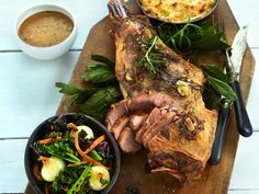 Langtidsstekt lammelår Lamb Recipes, Cooking Recipes, Healthy Recipes, Healthy Food, High Protein, Sour Cream, Main Dishes, Steak, Turkey
