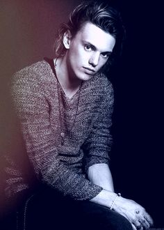 jamie campbell bower vk
