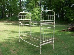 vintage iron bunk bed hunting cabin solid u0026 heavy in antiques furniture beds u0026