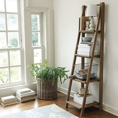 I would like a leaning bookshelf like this