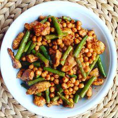 marokkaans roerbak kikkererwten Paleo Dinner, Dinner Recipes, Indian Dessert Recipes, Ethnic Recipes, Quick Recipes, Healthy Recipes, Moroccan Kitchen, Arabic Food, Arabic Dessert