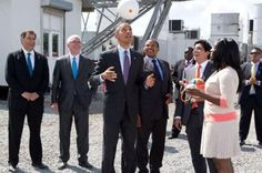 sOccket: In Africa, President Obama Juggles the Energy-Capturing Soccer Ball