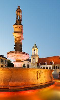 Hlavné námestie at night Bratislava Slovakia, Heart Of Europe, Big Country, Czech Republic, History, Prague, Statues, Roots, Culture