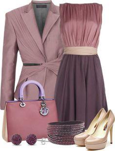 Conjunto vestido y chaqueta en tonos morados, malvas