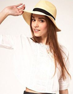 Loving this straw fedora - great for protecting your skin from the sun. #hats