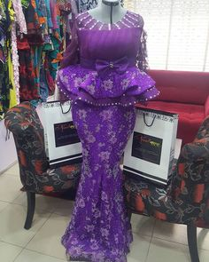 won't you rather get noviannated? Noviann Outfits: Swipe ⬅️⬅️⬅️ left to view more! Making every fabric work the Noviway! African Lace Styles, African Lace Dresses, African Dresses For Women, African Attire, African Wear, African Outfits, African Fashion Ankara, Latest African Fashion Dresses, African Print Fashion