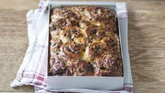 Chocolate and orange work so well together and this sweet bread is no exception.  For this recipe you will need a freestanding mixer with a dough hook, a food thermometer, a food processor and a 30x20x6cm/12x8x2½in baking tray.