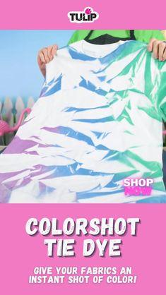 Diy Tie Dye Shirts, Paint Shirts, Diy Shirt, Tye Dye, Rit Tie Dye, Fabric Spray Paint, Fabric Paint Shirt, Diy Spray Paint, Diy Tie Dye Techniques