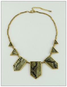tribal trend snakeskin necklace — thevintagerack