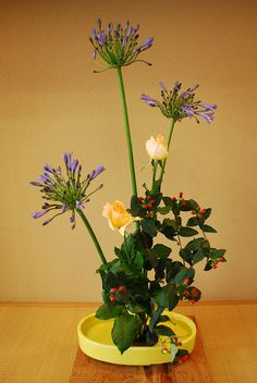 Ikebana Lesson, via Flickr.