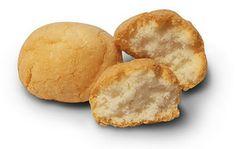 Amaretti di sassello il classico biscotto morbido diffuso ed amato in tutta la liguria.