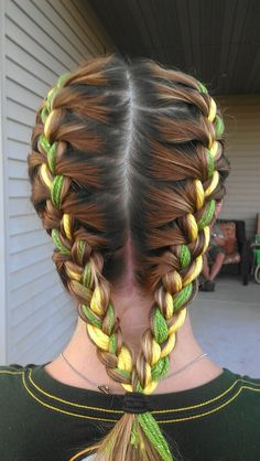 Packer braids! I wish my hair was long enough to try this. Instead of string, I'd use Younique's Moodstruck Pigment Powders. Go Pack Go! https://www.youniqueproducts.com/cpeterson