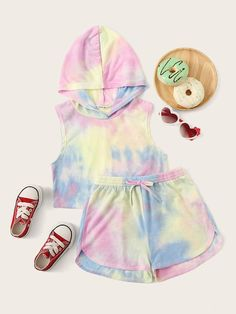 To find out about the Girls Tie Dye Hoodie and Dolphin Shorts Set at SHEIN, part of our latest Girls Two-piece Outfits ready to shop online today! Kids Outfits Girls, Cute Outfits For Kids, Cute Summer Outfits, Cute Casual Outfits, Girl Outfits, Tomboy Outfits, Emo Outfits, Girls Fashion Clothes, Teen Fashion