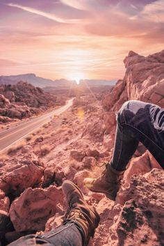 14 Unique things to do in Las Vegas! There are so many incredible places to see in Las Vegas, here are some of the top places you will not want to miss on your vacation! Including taking a day trip from Las Vegas to the Valley of Fire State Park! #vegas #lasvegas #nevada #travel #avenlylanetravel #usa #traveltips