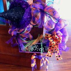 Halloween deco mesh wreath!