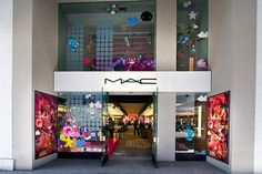 M.a.c  store