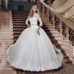 Find More Wedding Dresses Information about Ball Gown vestido de casamento V neck Three Quarter Sleeve Appliques Bride Dresses Cheap Lace Backless Wedding Dress 2016,High Quality dress skinny,China gown corset Suppliers, Cheap gown material from Kaka Dresses on Aliexpress.com