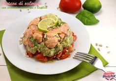 tartare di salmone con avocado, pomodori e basilico. Salmon tartare #tartar #foodporn #fish
