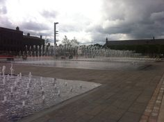 Water pool with multi-functional fountains - Granary Square, Kings Cross