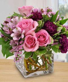 Rosen Arrangements, Spring Flower Arrangements, Beautiful Flower Arrangements, Flower Centerpieces, Flower Vases, Spring Flowers, Floral Arrangements, Flowers Garden, Diy Flowers