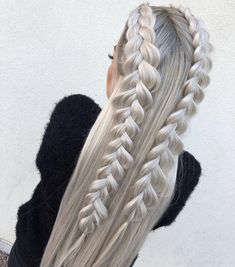 This post contains the most amazing braided hairstyles. These braids will make your hair looks fabulous, attractive and most of all charming Box Braids Hairstyles, Pretty Hairstyles, Wedding Hairstyles, Braided Hairstyles For Long Hair, Teenage Hairstyles, Hairstyles 2018, Hairstyle Ideas, Formal Hairstyles, Hairdos