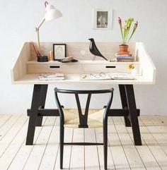escritorio y pajarito