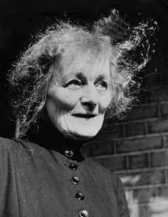 Maud Gonne later in life