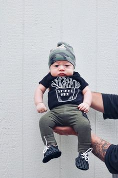 kleine-fry-baby-outfir-pommes-frites-baby-outfit-babykleidung-hipster-baby-unisex-babykl/ - The world's most private search engine Hipster Babys, Hipster Baby Clothes, Newborn Boy Clothes, Unisex Baby Clothes, Baby Outfits Newborn, Baby Boy Newborn, Baby Clothes Shops, Cute Baby Boy Clothes, Babies Clothes