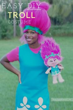 Easy DIY troll costume with big troll hair. Become Princess Poppy with this easy tutorial. Perfect for Halloween. #diycostume #halloween