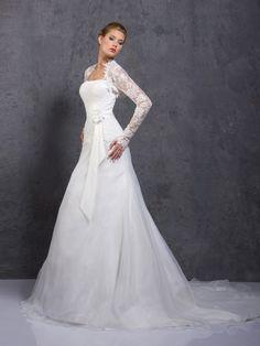 Modèle Magnolia Robes de mariées Aurye Mariages 2014