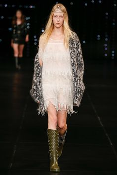 Saint Laurent Spring 2016 Ready-to-Wear Fashion Show - Steffi Soede (NATHALIE)