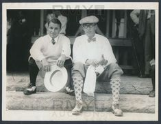 1925 Francis Ouimet and Gene Sarazen, Champions Pose Together at the U . Gene Sarazen, Us Open Golf, Plus Fours, British Open, Insect Repellent, Golf Tips, Athletes, Old School, Tweed