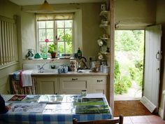 Inside a Welsh cottage**** English Cottage Kitchens, English Cottage Style, Country Kitchens, Welsh Cottage, Cottage Living, Rustic Cottage, Cottage Ideas, Cozy Cottage, Country Living