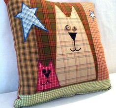 Folk Art Cat Pillow Cover by uniquelynancy on Etsy Sewing Pillows, Diy Pillows, Decorative Pillows, Throw Pillows, Cushions, Patchwork Pillow, Quilted Pillow, Quilting Projects, Sewing Projects