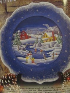 January 2003 page 66 Christmas Plates, Christmas Design, Christmas Art, Christmas Themes, Christmas Decorations, Painted Plates, Wooden Plates, Decorative Plates, Hand Painted