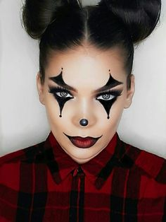 52 Ideas makeup looks halloween make up Maquillage Halloween Clown, Halloween Makeup Clown, Halloween Eyes, Halloween Makeup Looks, Halloween 2018, Halloween Costumes Diy Scary, Halloween Makeup Last Minute, Halloween Inspo, Happy Halloween