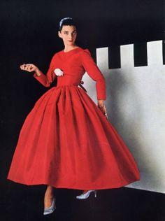 Balenciaga, 1955. Cartier jewels.